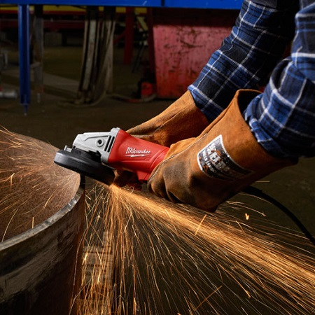 Using Small Angle Grinder